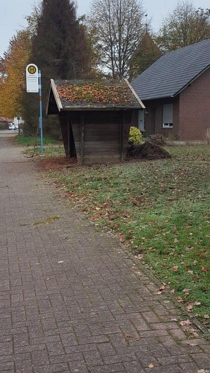 2019-11-09Bushaltestelle5©Ortsverein Essern (P. Barg)
